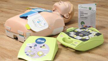 Semi-Automatic AED or Fully Automatic AED: Which Should you Choose?